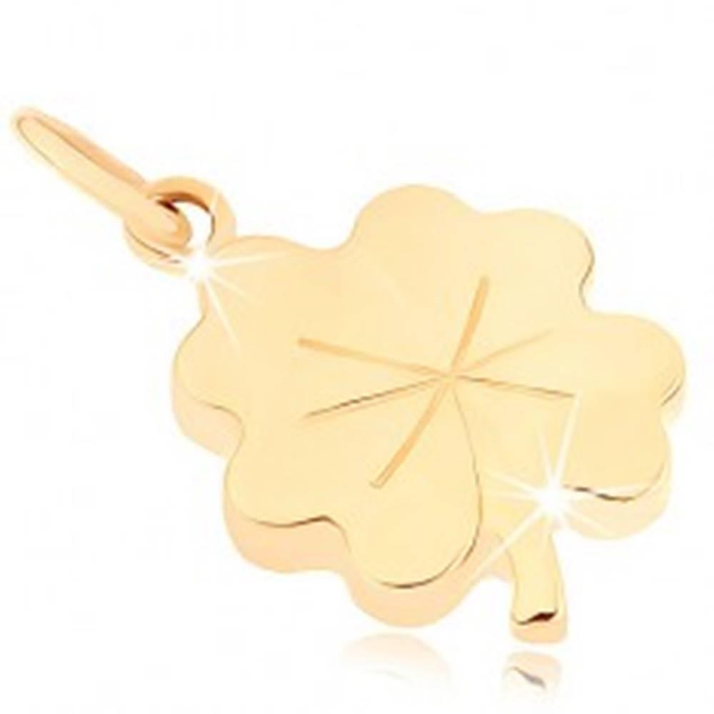 Šperky eshop Prívesok zo žltého 9K zlata - lesklý plochý štvorlístok pre šťastie, ryhy