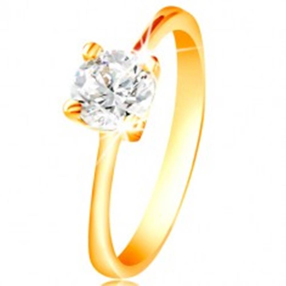 Šperky eshop Prsteň zo žltého 14K zlata - ligotavý zirkón čírej farby vo vyvýšenom kotlíku - Veľkosť: 48 mm