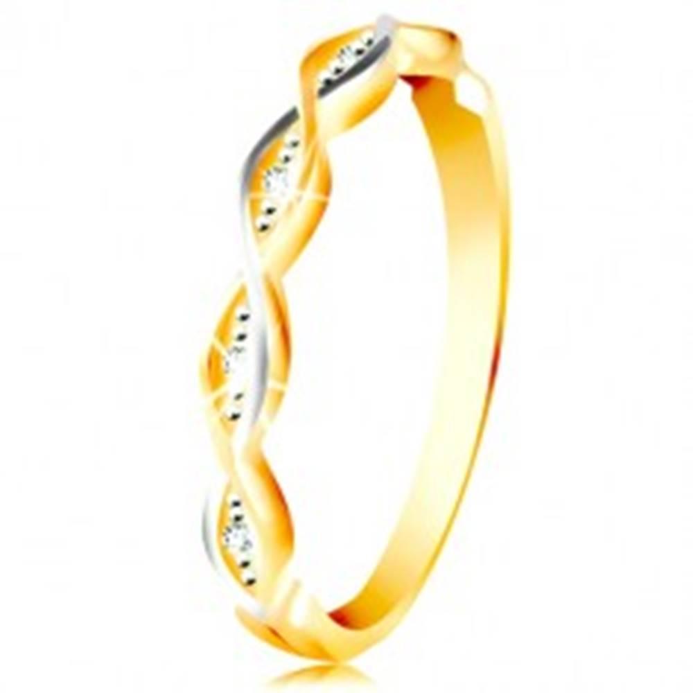 Šperky eshop Zlatý prsteň 585 - dve tenké prepletené vlnky z bieleho a žltého zlata, zirkóny - Veľkosť: 49 mm