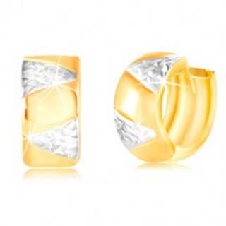 Kĺbové zlaté náušnice 14K - širší krúžok s trojuholníkmi z bieleho zlata