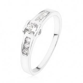Zásnubný prsteň zo striebra 925, okrúhly číry zirkón, srdiečka, zirkónová línia - Veľkosť: 49 mm