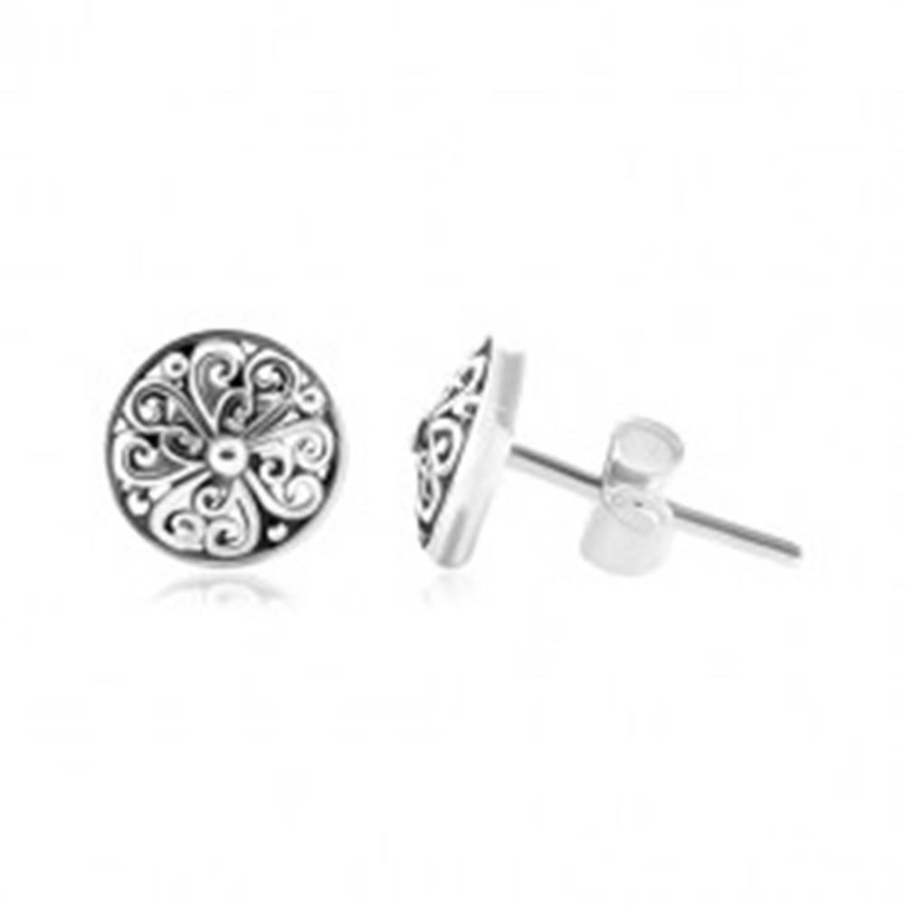 Šperky eshop Strieborné náušnice 925, patinované kruhy s vyrezávanými ornamentmi