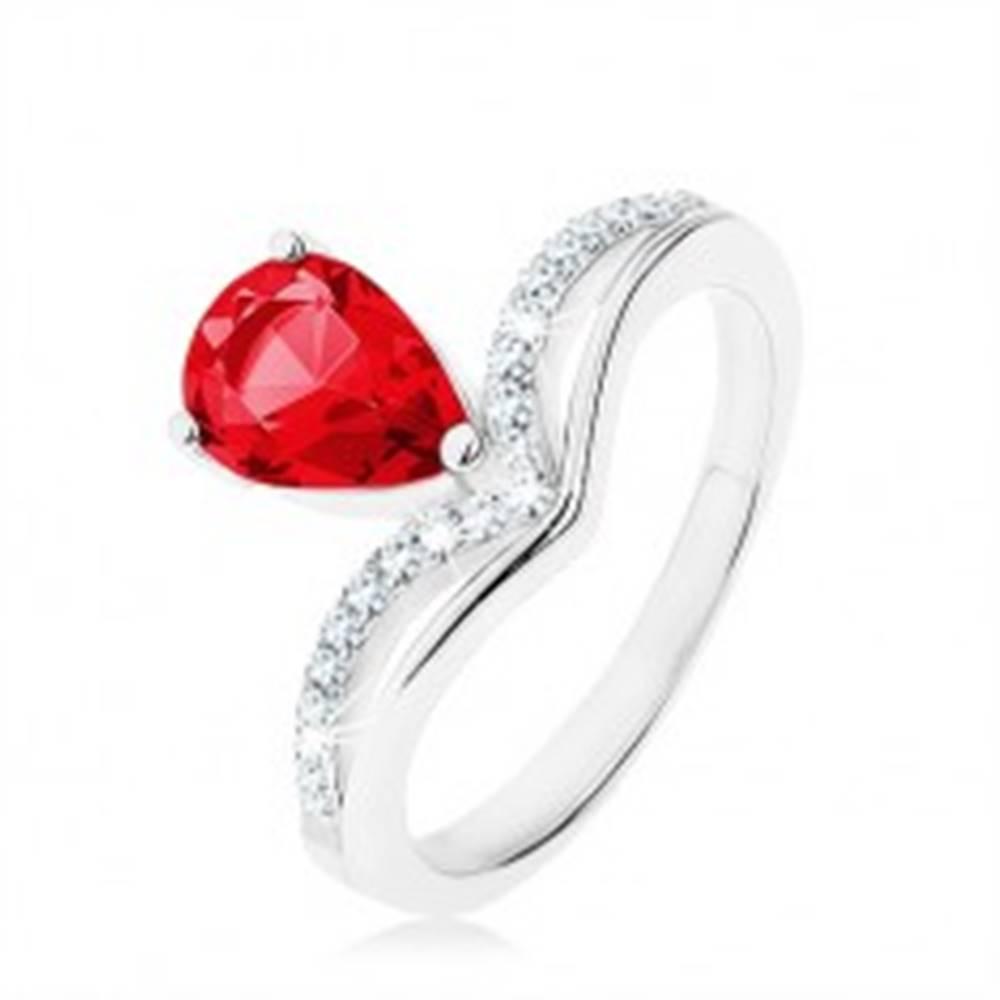 Šperky eshop Strieborný prsteň 925, obrátená slza - ružový zirkón, zašpicatená línia - Veľkosť: 49 mm