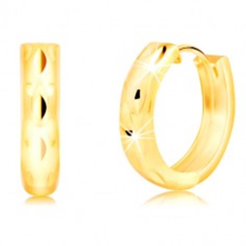 Šperky eshop Okrúhle náušnice zo 14K žltého zlata so zvislými zrnkovými jamkami