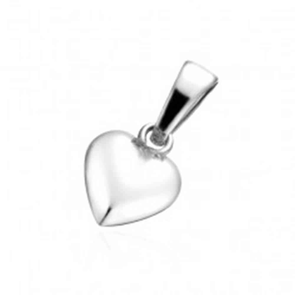 Šperky eshop Prívesok zo striebra 925 - lesklé srdiečko so zárezom