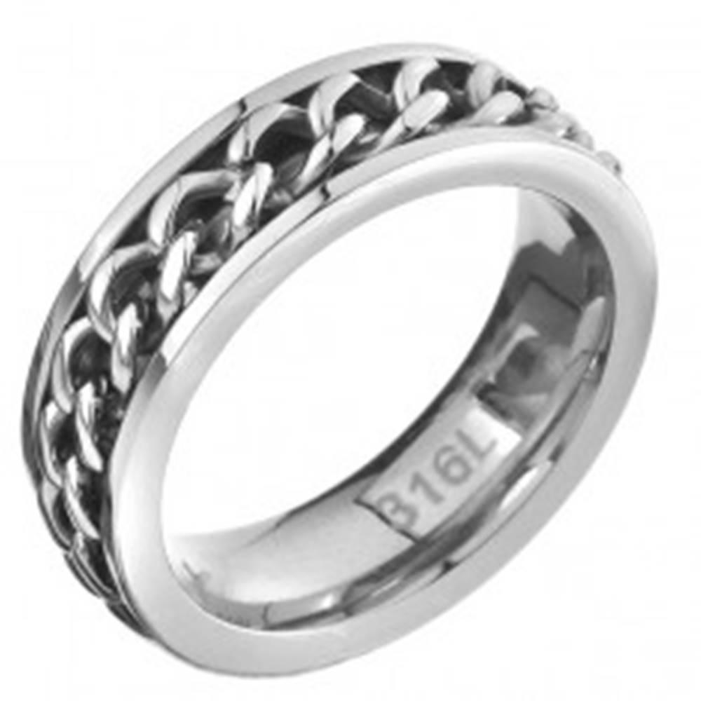 Šperky eshop Prsteň z ocele - retiazkový stredový pás, strieborná farba - Veľkosť: 51 mm