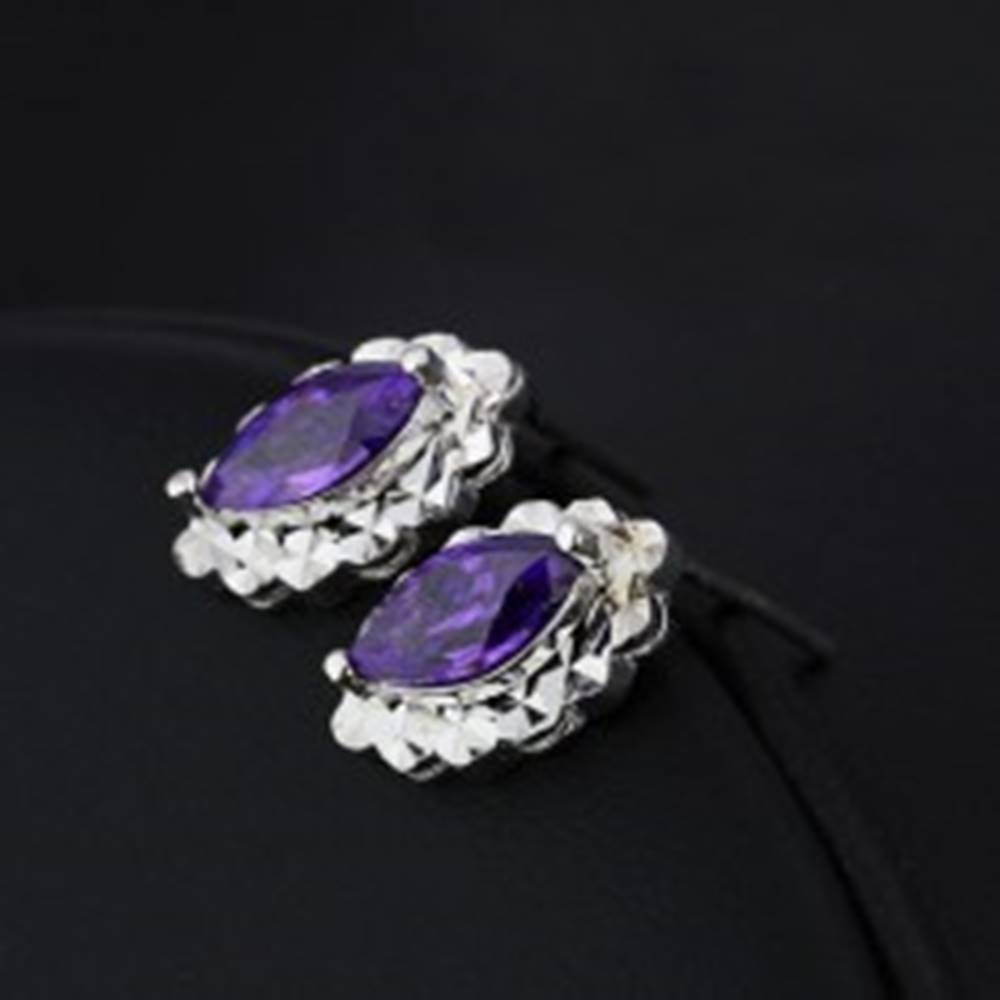Šperky eshop Strieborné náušnice 925 - fialová slza, oválny trblietavý podklad