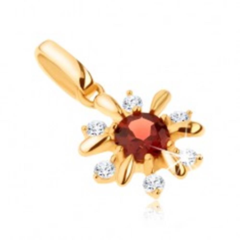Šperky eshop Zlatý prívesok 585 - kvietok zdobený čírymi kamienkami a červeným granátom