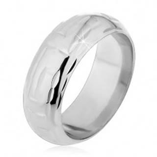 Strieborný prsteň 925 - zárezy v tvare L tvoriace labyrint - Veľkosť: 49 mm