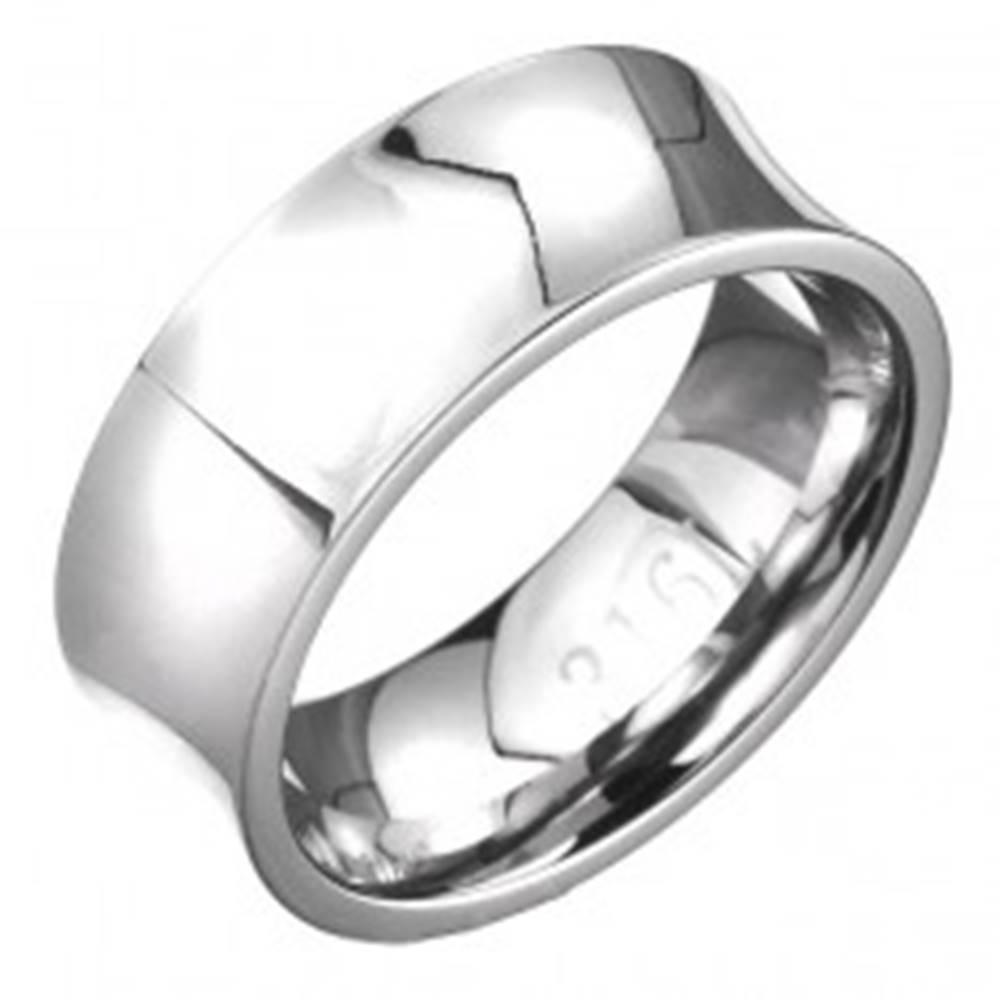 Šperky eshop Oceľový prsteň - zrkadlovo lesklý s priehlbinou, striebornej farby - Veľkosť: 56 mm
