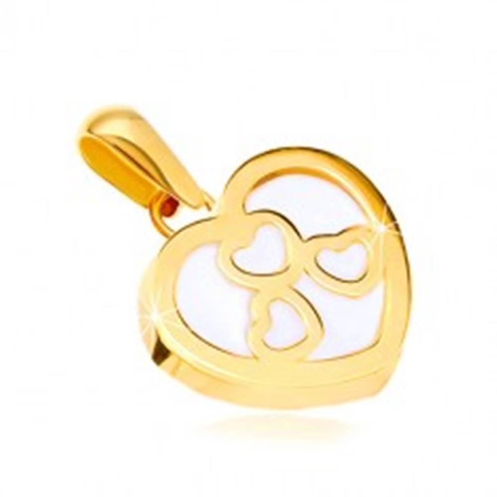 Šperky eshop Prívesok v žltom zlate 585 - lesklý obrys srdca s perleťou, tri srdiečka
