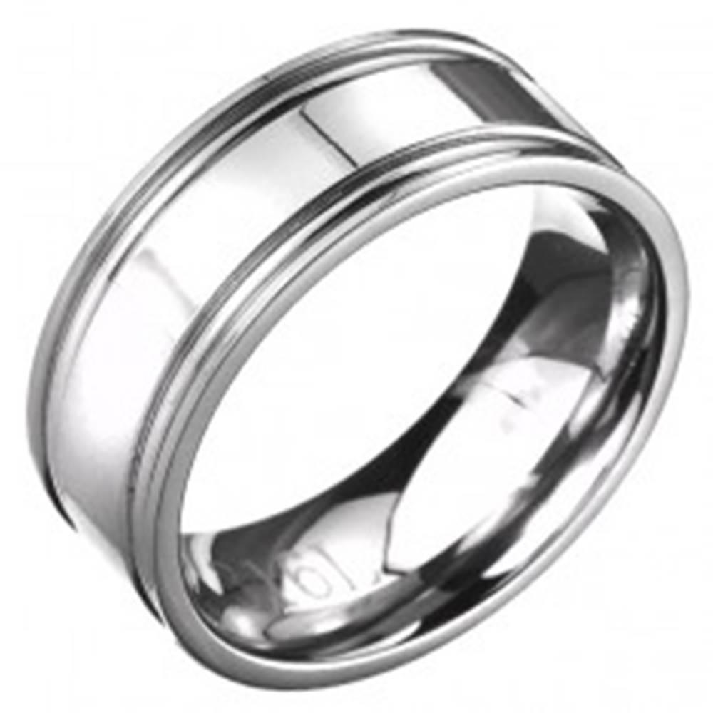 Šperky eshop Prsteň z ocele - obrúčka striebornej farby s dvojitým vrúbkovaním  - Veľkosť: 57 mm