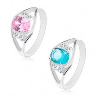Lesklý prsteň s rozdvojenými ramenami, oválny zirkón a číre zirkóniky po bokoch - Veľkosť: 52 mm, Farba: Ružová