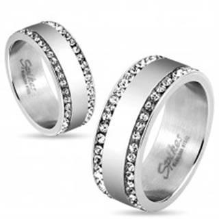 Oceľový prsteň striebornej farby, okraje vykladané čírymi zirkónikmi, 8 mm - Veľkosť: 59 mm