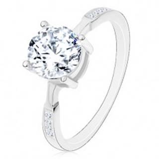Strieborný prsteň 925, okrúhly zirkón čírej farby, zirkóniky na ramenách - Veľkosť: 47 mm
