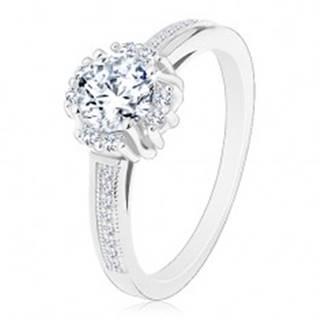 Zásnubný prsteň - striebro 925, žiarivý číry zirkón, dvojice drobných zirkónikov - Veľkosť: 48 mm