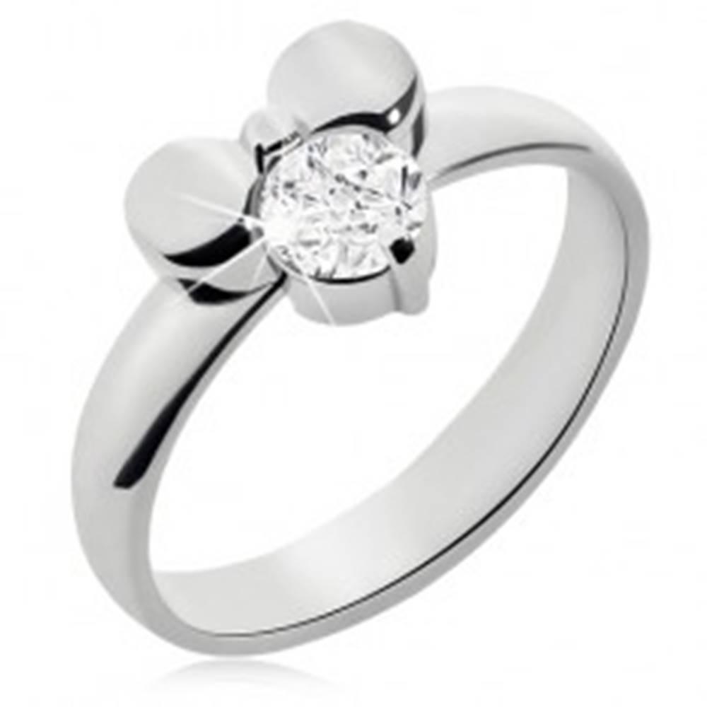 Šperky eshop Prsteň z chirurgickej ocele zdobený mašľou a čírym okrúhlym zirkónom  - Veľkosť: 49 mm