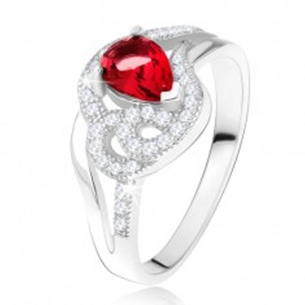 Šperky eshop Prsteň zo striebra 925, rubínový slzičkový kameň, zvlnené zirkónové línie - Veľkosť: 49 mm