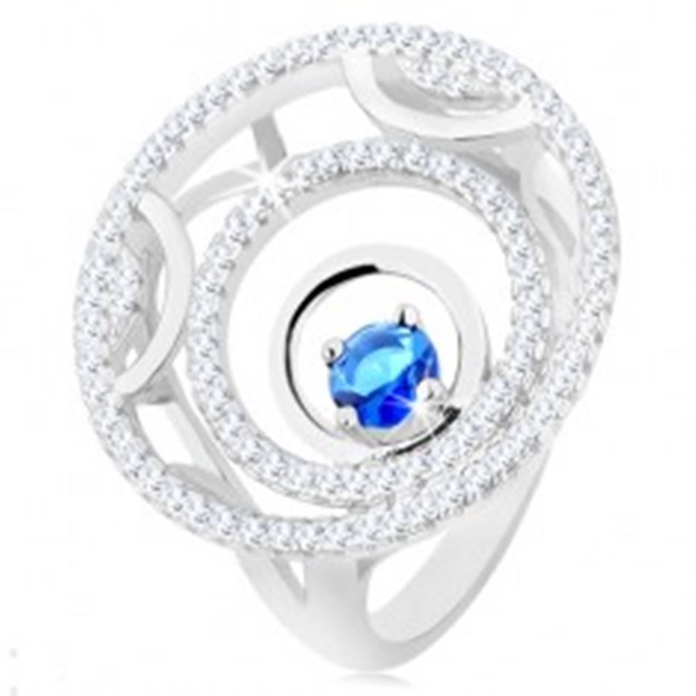 Šperky eshop Prsteň zo striebra 925, tri kruhy, lesklé a trblietavé línie, okrúhly modrý zirkón - Veľkosť: 49 mm