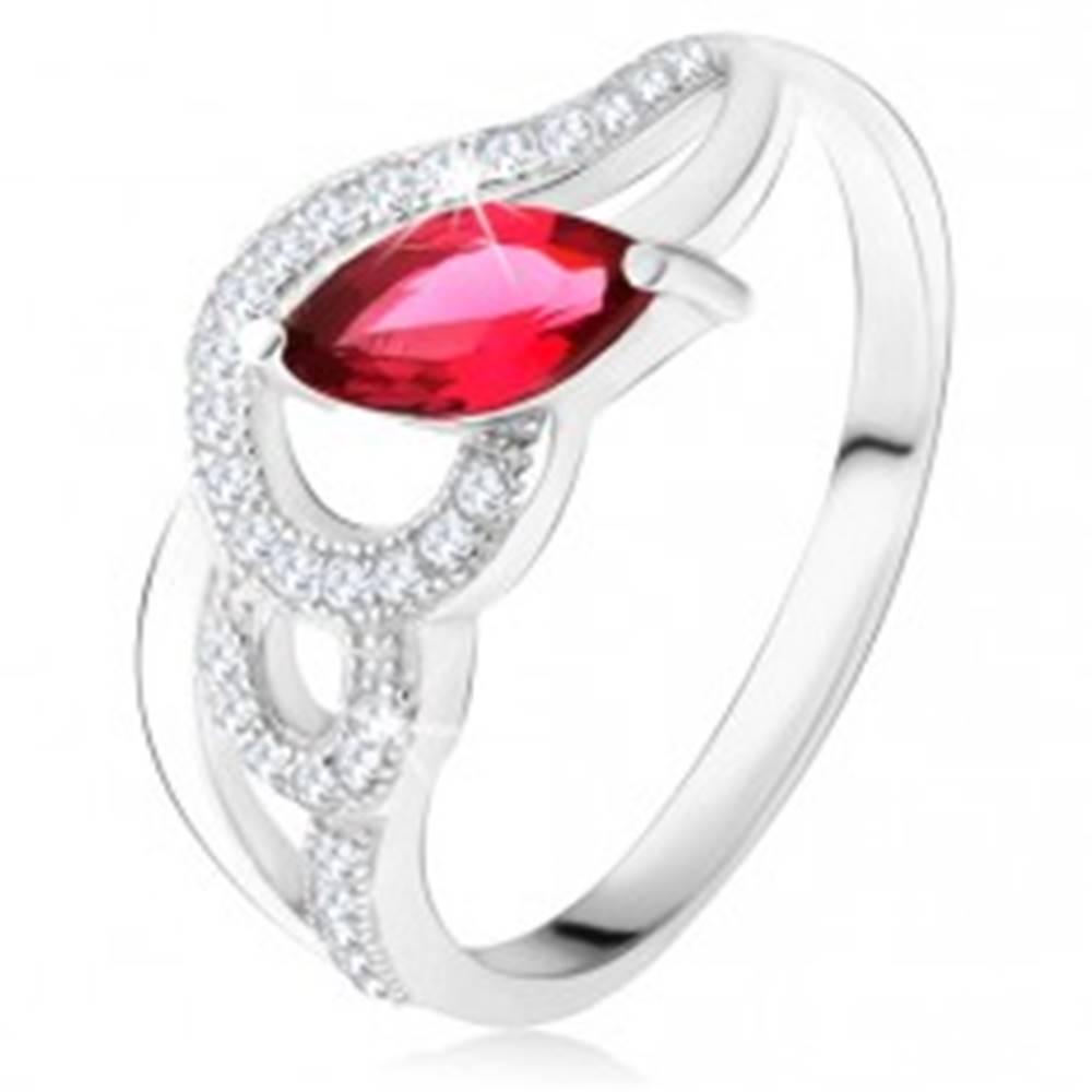 Šperky eshop Strieborný 925 prsteň, zirkónové a hladké vlny, červený zrniečkový kameň - Veľkosť: 49 mm
