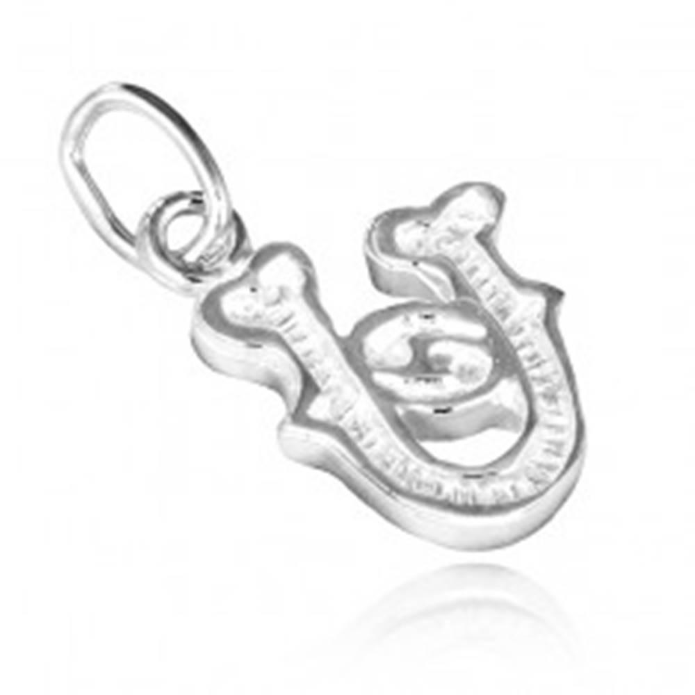 Šperky eshop Strieborný prívesok 925 - písmeno U s dekoráciou