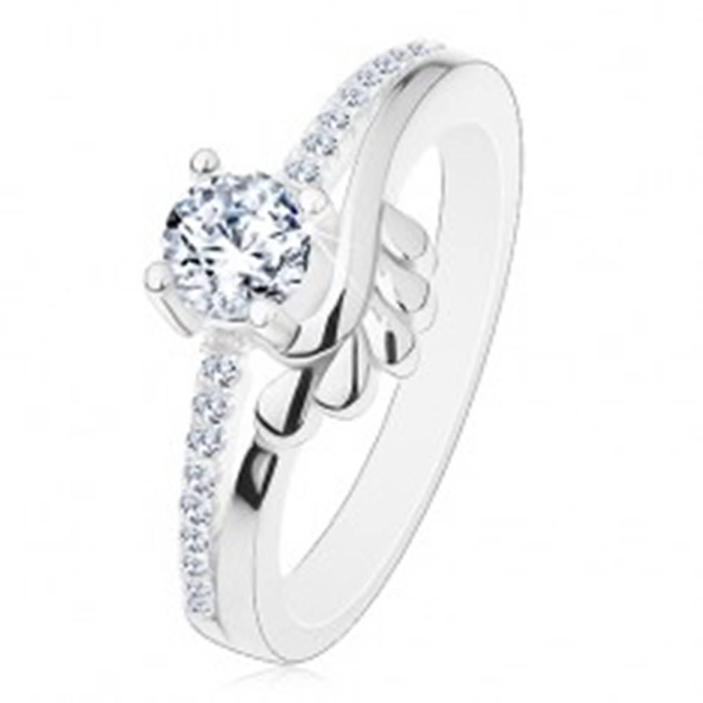 Šperky eshop Zásnubný prsteň, striebro 925, číry zirkón a trblietavé ramená, lístočky - Veľkosť: 49 mm