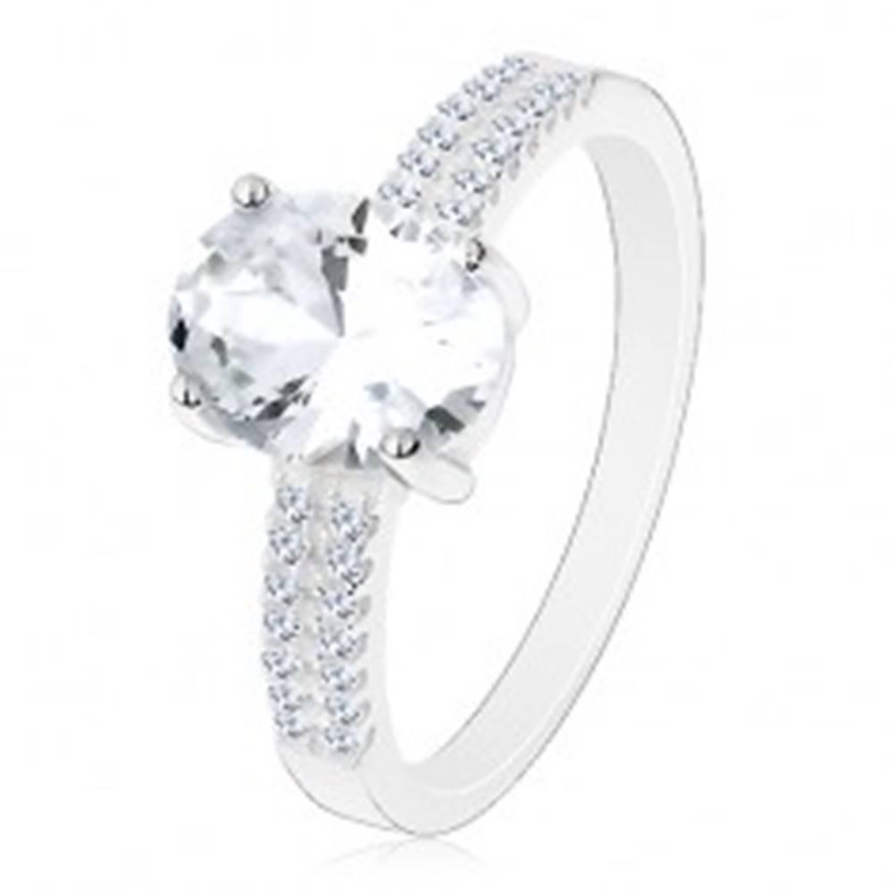 Šperky eshop Zásnubný prsteň, striebro 925, veľký ligotavý ovál, zirkónové línie na ramenách - Veľkosť: 49 mm