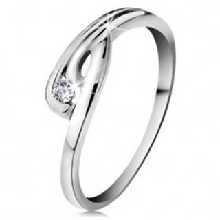 Prsteň v bielom 14K zlate - žiarivý číry diamant, zahnuté ramená so zárezom - Veľkosť: 49 mm