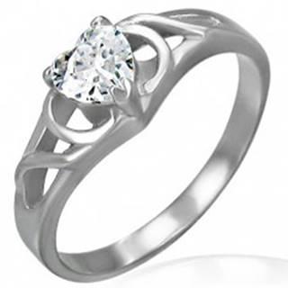 Zásnubný prsteň z chirurgickej ocele - číre zirkónové srdce, ornamenty - Veľkosť: 48 mm