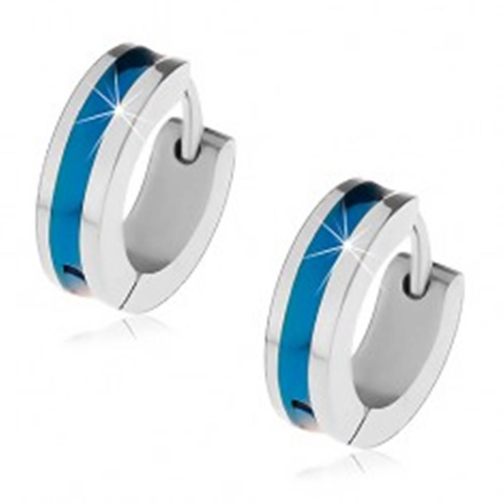 Šperky eshop Oceľové náušnice striebornej farby s modrým pruhom v strede