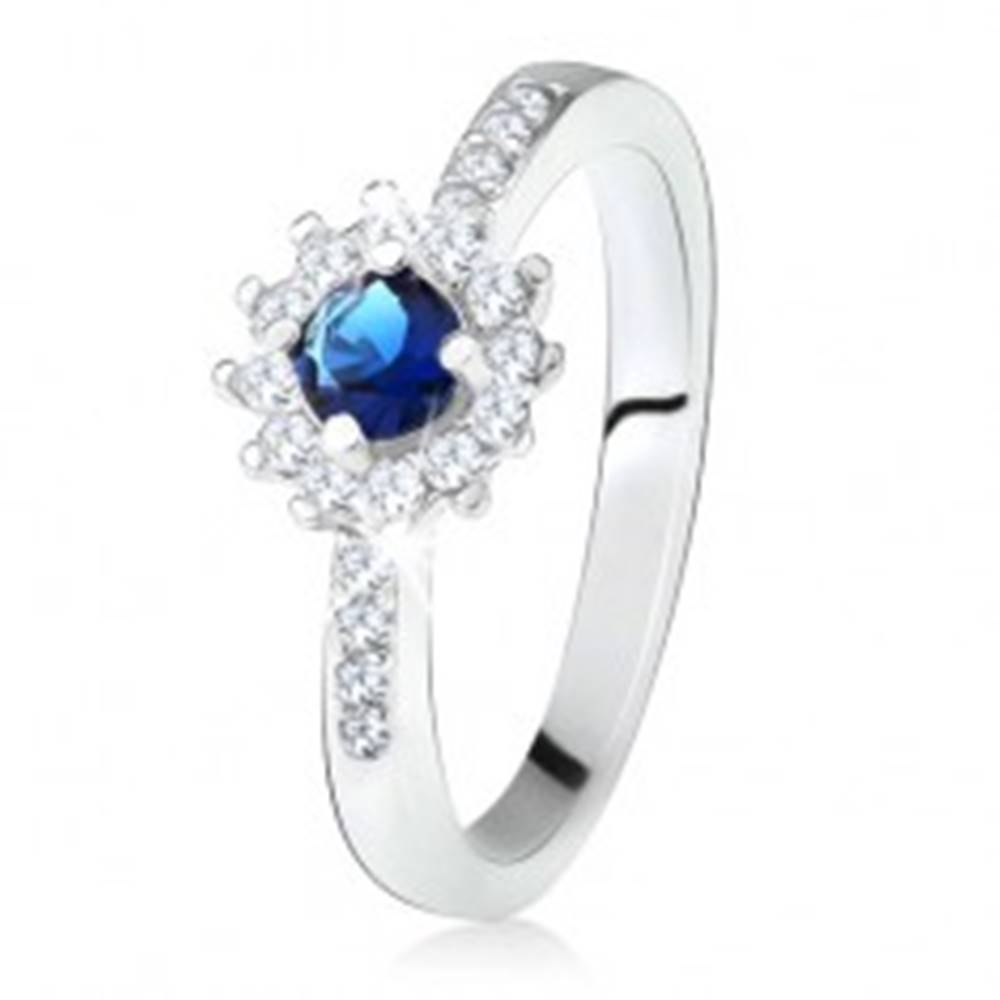 Šperky eshop Prsteň zo striebra 925, okrúhly tmavomodrý kamienok a číre zirkóny - Veľkosť: 49 mm