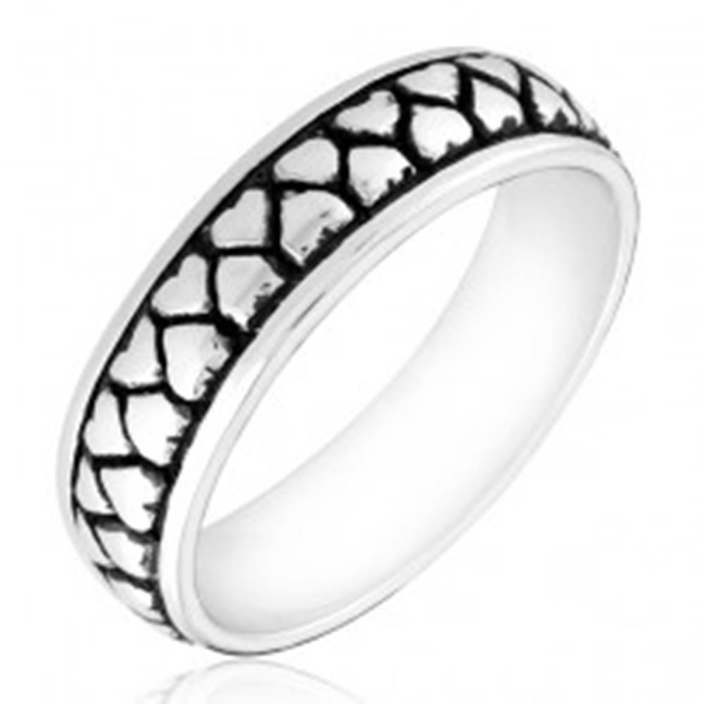 Šperky eshop Strieborný prsteň 925 - dva rady otočených srdiečok s patinou - Veľkosť: 49 mm