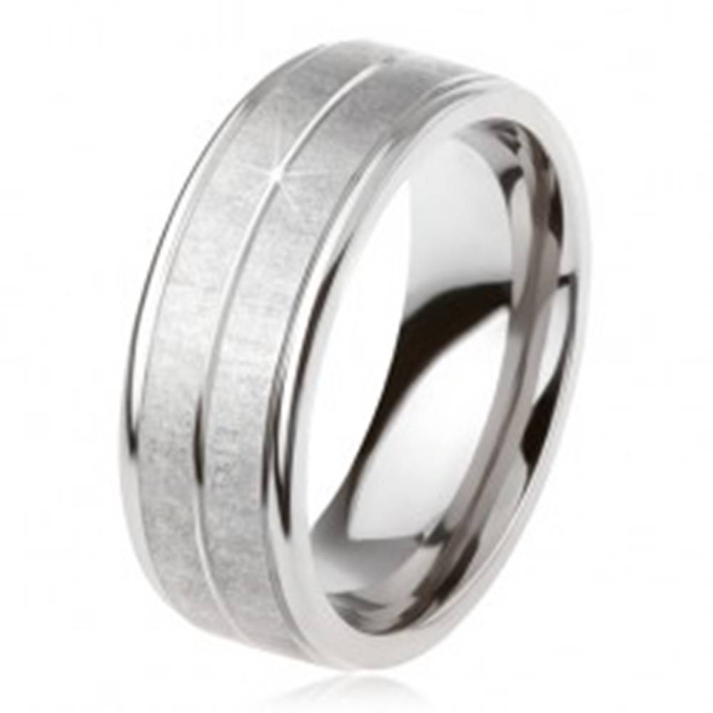 Šperky eshop Titánový prsteň striebornej farby, matný povrch, zárez uprostred - Veľkosť: 54 mm