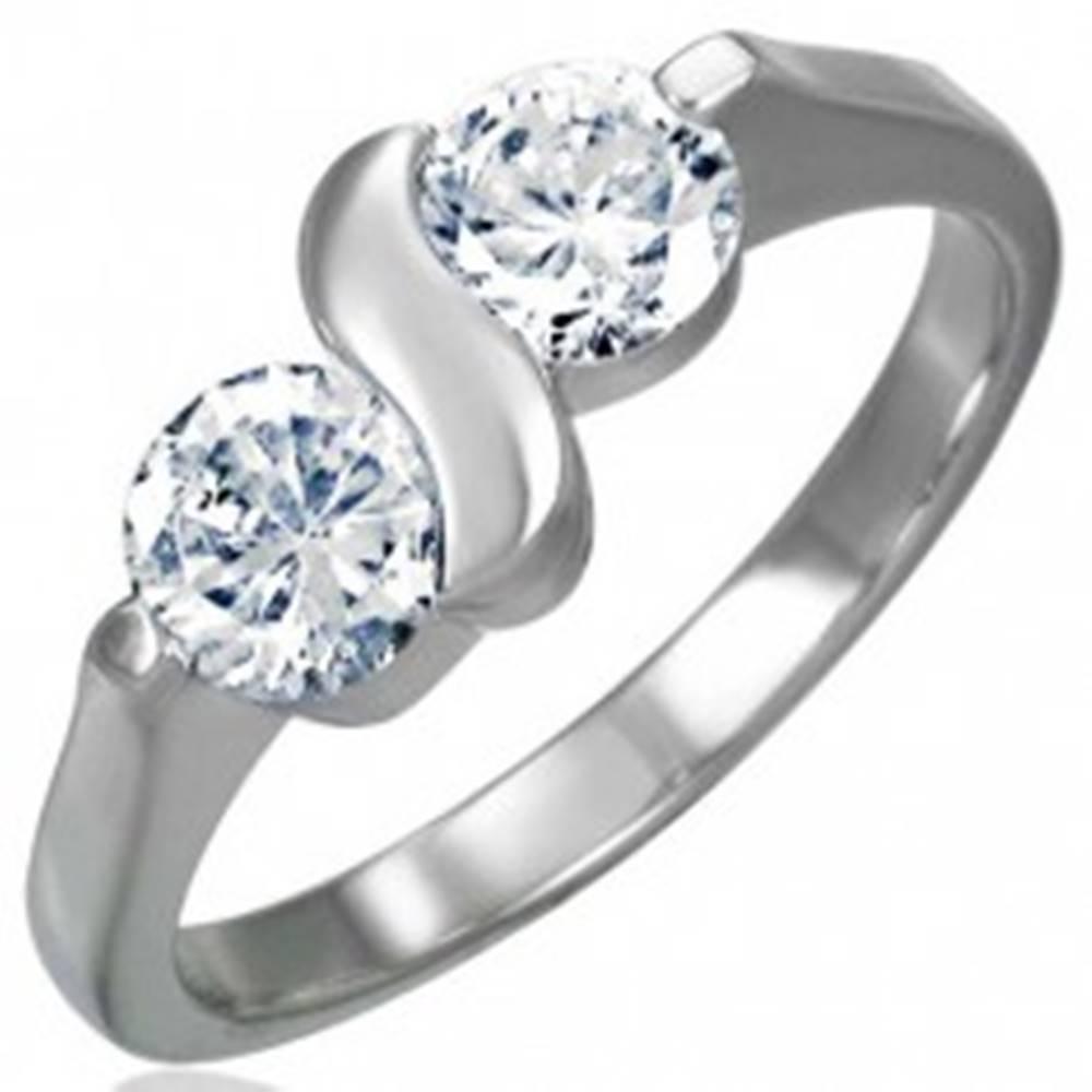 Zásnubný prsteň z chirurgic...