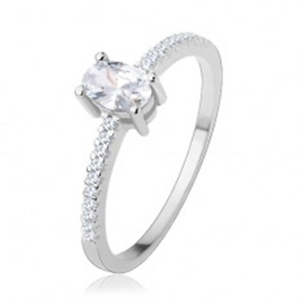 Šperky eshop Zásnubný prsteň zo striebra 925, tenké ramená, číry zirkón - ovál - Veľkosť: 51 mm
