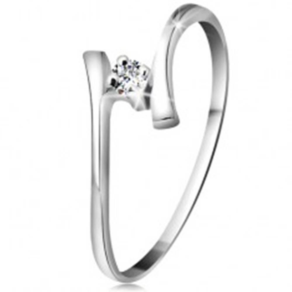 Šperky eshop Zlatý prsteň 585 - žiarivý číry briliant, tenké zahnuté ramená, biele zlato - Veľkosť: 49 mm
