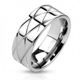 Lesklý oceľový prsteň - šikmé zárezy  - Veľkosť: 59 mm