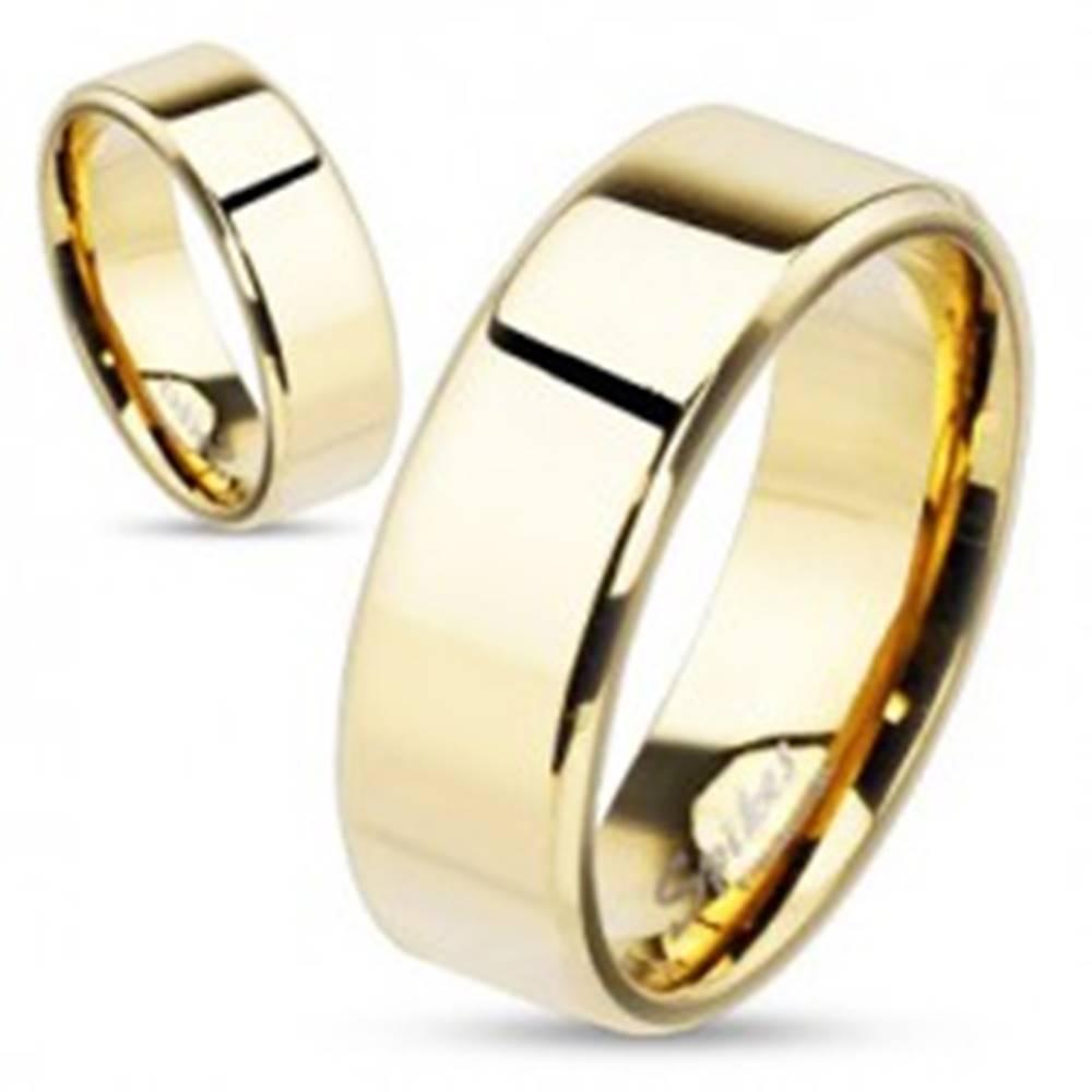 Šperky eshop Obrúčka z ocele v zlatej farbe so skosenými hranami, 8 mm - Veľkosť: 59 mm