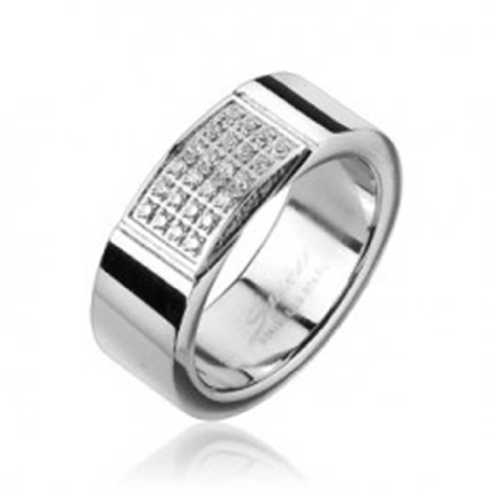Šperky eshop Oceľový prsteň - obdĺžnik vykladaný drobnými zirkónmi - Veľkosť: 59 mm