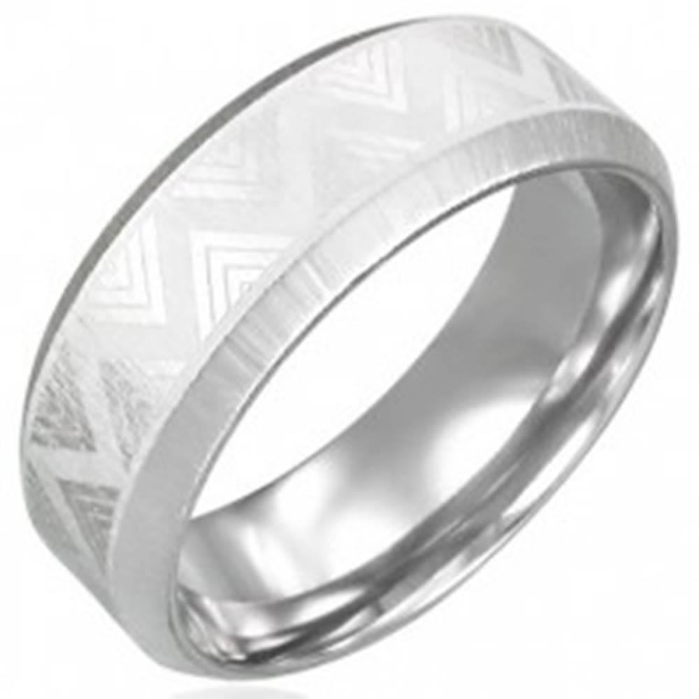 Šperky eshop Oceľový prsteň so skosenými hranami - Triangel - Veľkosť: 54 mm