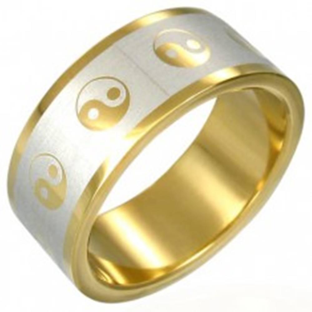 Šperky eshop Prsteň Yin-Yang zlatej farby - Veľkosť: 54 mm