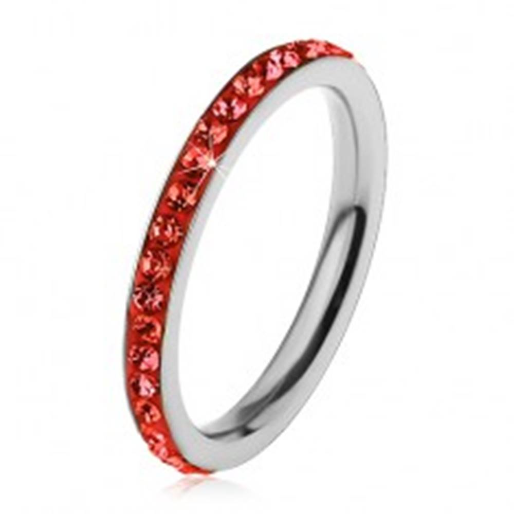 Šperky eshop Prsteň z chirurgickej ocele striebornej farby, zirkóniky v svetločervenom odtieni - Veľkosť: 49 mm