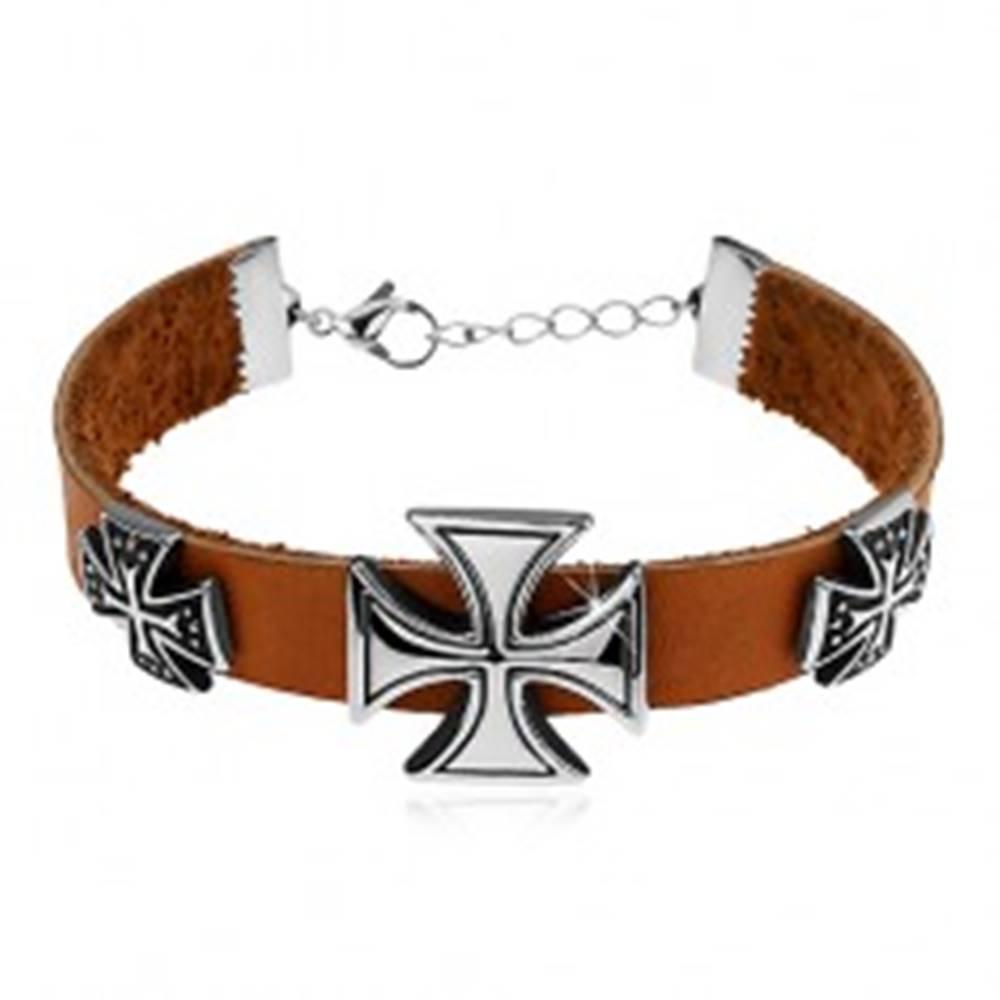 Šperky eshop Svetlohnedý náramok z umelej kože, tri maltézske kríže striebornej farby