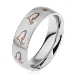 Matný prsteň z chirurgickej ocele, hnedočierne kontúry delfínov, 6 mm - Veľkosť: 49 mm