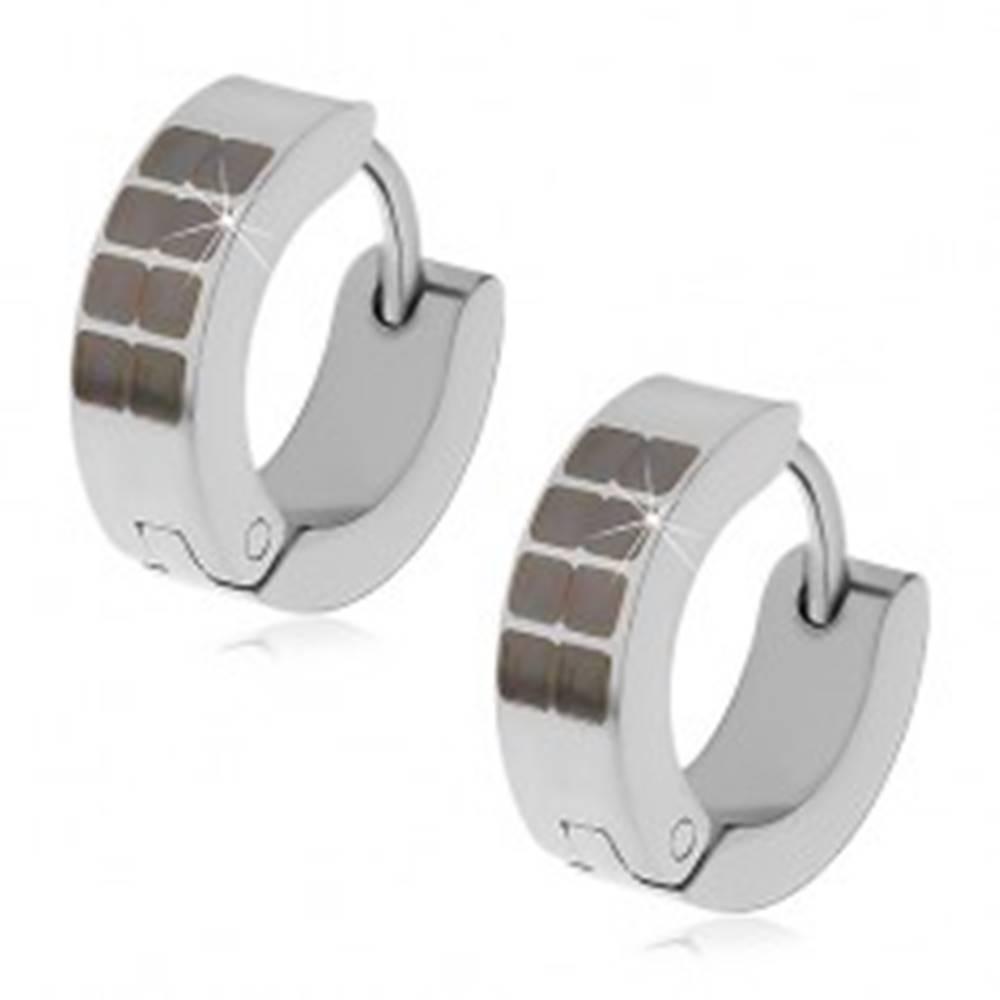 Šperky eshop Kĺbové náušnice z ocele 316L striebornej farby, čierne štvorčeky
