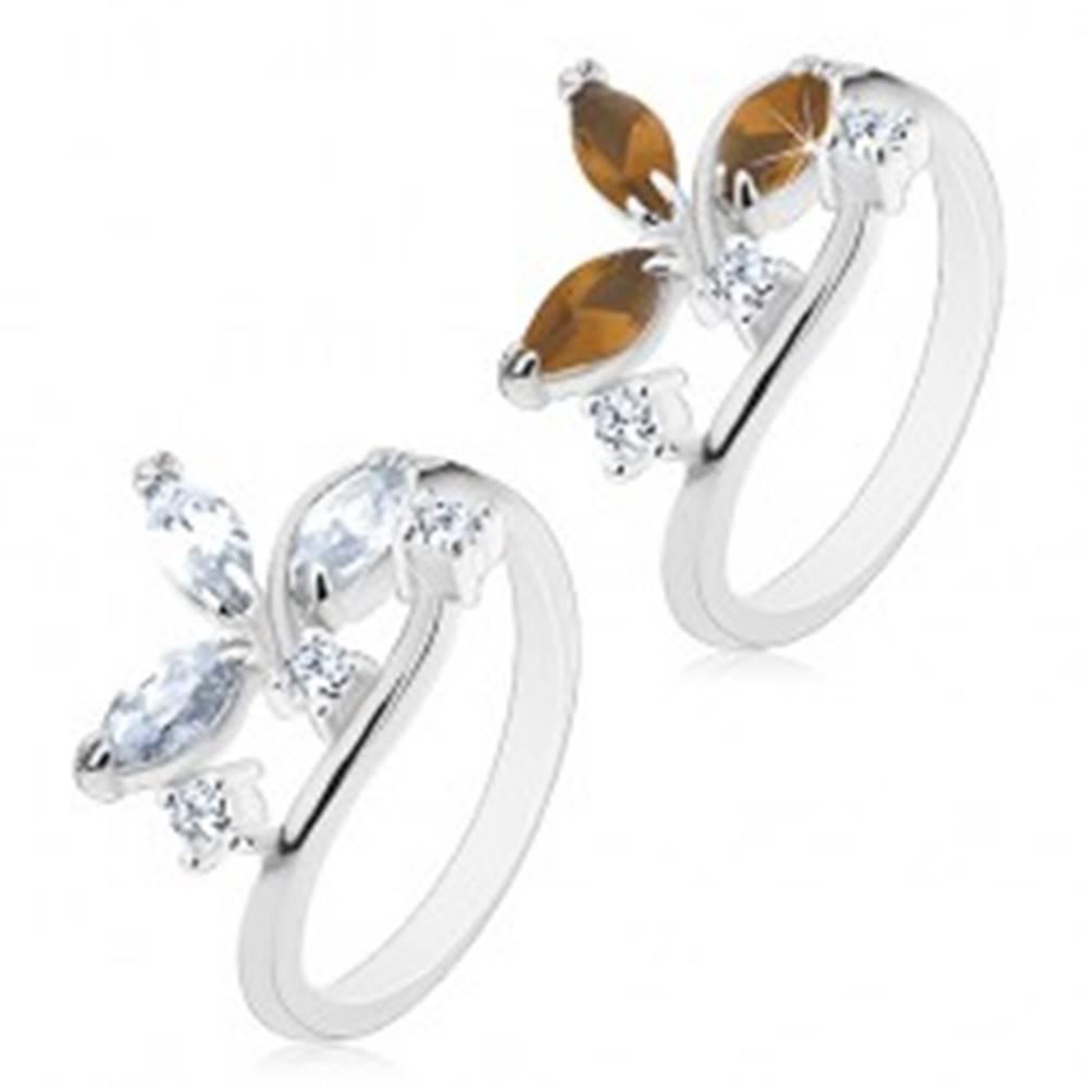 Šperky eshop Prsteň v striebornom odtieni - väčšie zrniečkové zirkóny a číre zirkóniky - Veľkosť: 49 mm, Farba: Číra