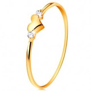 Prsteň v žltom 14K zlate - dva číre zirkóny a lesklé vypuklé srdiečko - Veľkosť: 49 mm