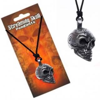 Šnúrkový náhrdelník s príveskom lebky s ornamentmi