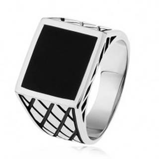 Strieborný prsteň 925, ramená s kosoštvorcami, čierny glazúrovaný štvorec - Veľkosť: 54 mm