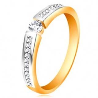 Zlatý 14K prsteň s lesklými dvojfarebnými ramenami, číre zirkóny - Veľkosť: 48 mm
